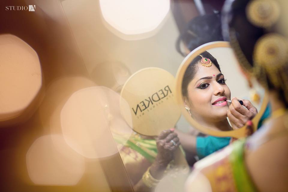bridal getting ready photography tips -1