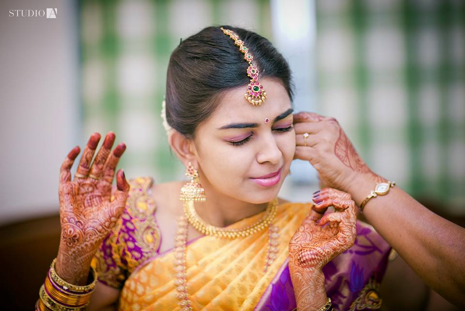 bridal getting ready photography tips -10