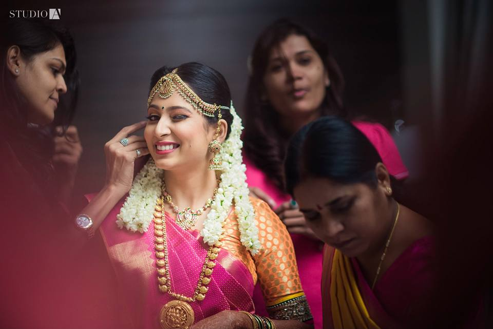 bridal getting ready photography tips -7
