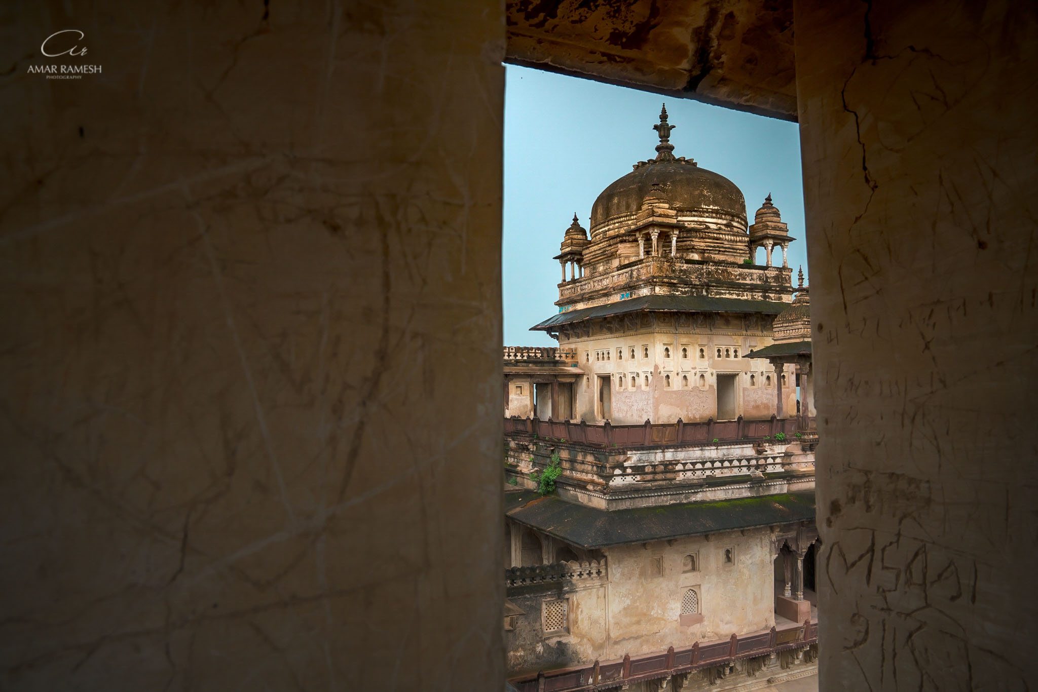 orchha-travel-fort-palace