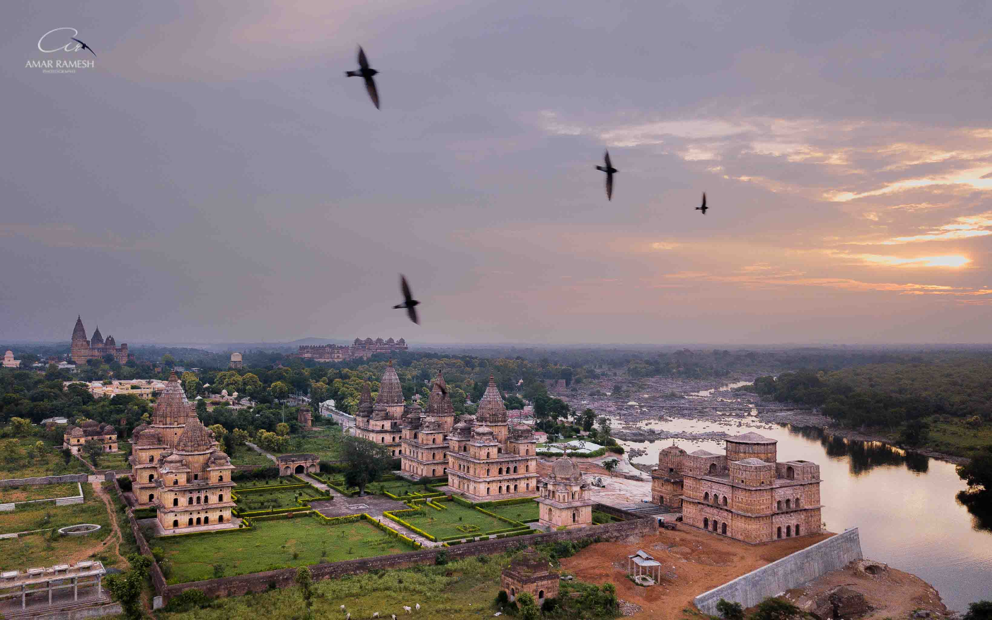 orchha-travel-fort-palace2